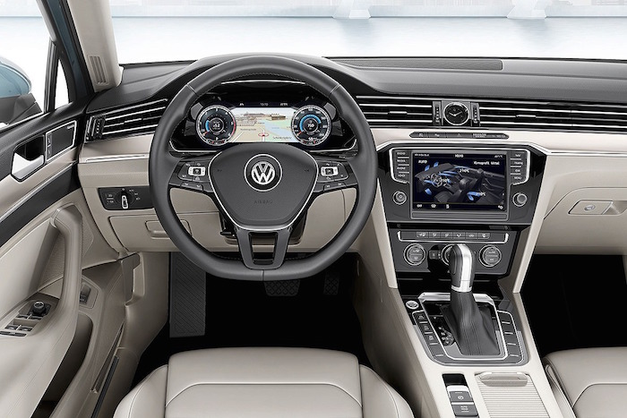 2015-VW-Passat-press-image-dashboard