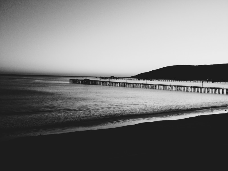 iphoneography__sunset_in_slo__black_and_white_by_eeumeyeelwhy-d5l2knn