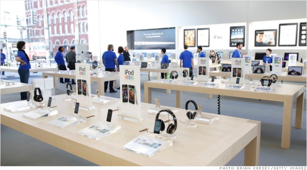 130225150602-apple-store-interior-products-620xb