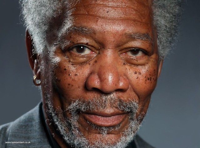 kyle-lambert-morgan-freeman-photorealistic-ipad-painting-640x473